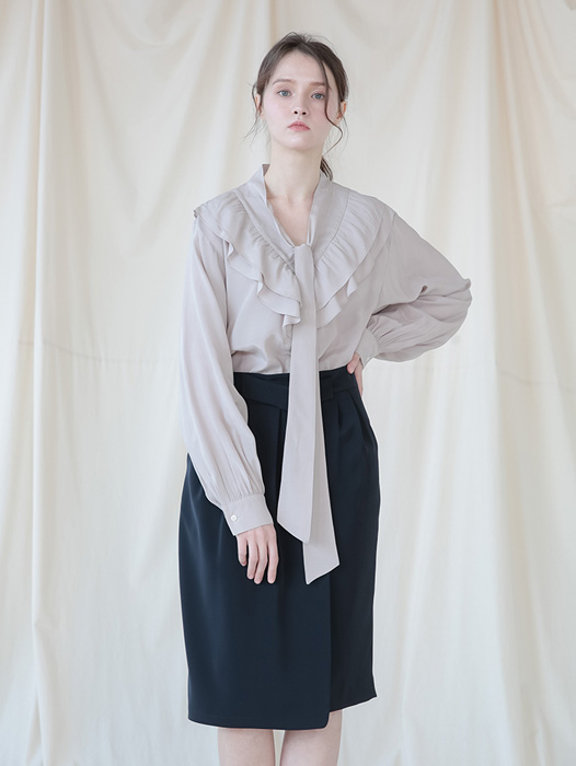[Coett] Shirring Tie Blouse_BEIGE